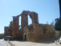 вся Фамагуста это памятник средневековья