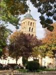 Iglesia de San Andres с ее милым сквериком на площади, присоединилась к списку моих любимый мест в Сеговии.