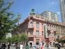 Здесь раньше размещалось посольство Российской империи...