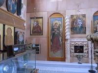 В церкви Св.Мавры.