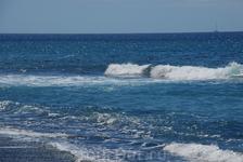 Синий - синий океан.