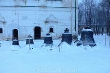 Колокола в Борисоглебском монастыре.
