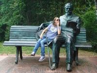 Памятник Чайковскому в его усадьбе