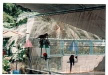 Хамат-Гадер. Не менее интересны аттракционы с животными. Цирк говорящих попугаев - гордость Хамат-Гадера. Представление дрессированных интеллектуалов идет ...