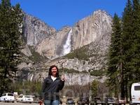 Йосемитский водопад высотой 739 м является самым высоким водопадом в Северной Америке и третьим (в некоторых источниках шестым) по высоте водопадом в мире ...