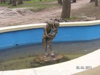 """комплекс """"Стеклянная струя""""; один из трех бассейнов"""