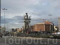 площадь Испании фонтан 3-х стихий1