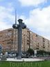 Ну кроме того, что это город кардинала Сиснероса, этот город еще и Сервантеса, о чем нам напомнил вот такой забавный Дон Кихот на одной из развилок, Glorieta ...