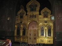 Новоафонский мужской монастырь. Иконостас пока почти пустой
