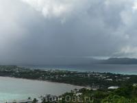 Боракай на солнце, а на соседнем острове дожди!