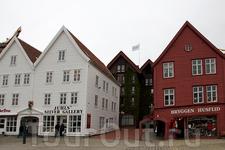 Дома с многовековой историей на набережной Брюгген
