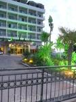 Отель: вид снаружи.