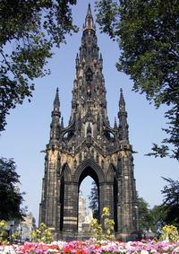 Памятник Вальтеру Скотту в Эдинбурге