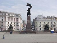 Площадь и памятник Борцам за Власть Советов на Дальнем Востоке