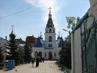 Покровский кафедральный собор - старейшая церковь Самары, место служения архиепископа Самарского и Сызранского