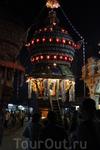 г. Удупи (Индия, Карнатака) Шествие браминов у храма