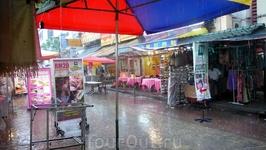 Дождь в Китайском квартале