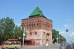 Одна из башен, с давних пор приспособленная к музейному делу: отсюда и столько окон