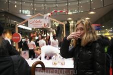Приветственный напиток в Хельсинки - йогурт Валио.