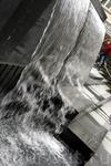 Не надо ехать на фьорд - водопад в центре города