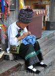 На улочках Фэнхуана.