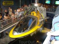 Самый лучший аттракцион!!!Виртуальное погружение на подводной лодке. Всегда большие очереди.