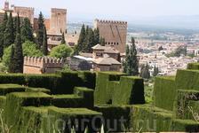 Вид на город из садов Хенералифе