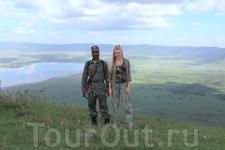А в самом кратере, покрытого бурной растительностью обитает множество видов животных и птиц.