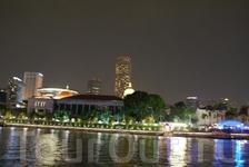 вдоль реки Сингапур