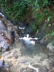 природное джакузи у водопада))