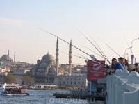 Рыбаки на Галатском мосту, как без них...