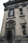 Костел Св. Петра и Св. Павла ордена иезуитов (1610-1635 гг.) В башне костела монахи создали во Львове первую обсерваторию. К сожалению внутрь Костела не ...