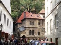 Зал прощания с усопшими «Погребального братства» (Прага 1 – Старое Место, У старого кладбища). Здание было построено на месте старого морга архитектором ...