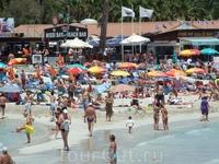 Пляж Нисси в выходные