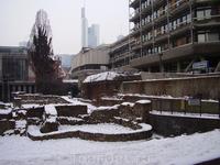 Без римских развалин в Европе и ближней Азии - никуда...