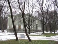 еще один домик в центре Минска. в нем жил ...
