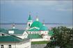 вид на Свято-Троицкий мужской монастырь с ул.Бондарева