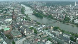 вид на Франкфурт с высоты птичьего полета