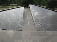 Канадский мемориал в Грин-парке