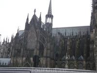 Кельнский Кафедральный Собор Пресвятой Богородицы и Святого Петра.13век,строился римлянами с 1248-1880г.г.Готический стиль,высота 157м,является объектом ...