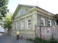 Еще один симпатичный домик, кажется где то в переулках