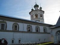 Николо-Вяжицский ставропигальный монастырь. Колокольня монастыря