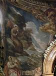 Фреска о чудесной проповеди Святого Антония рыбам, которые слушали, высунувшись из воды, заворожённые хвалой Создателю, исходившей из уст проповедника ...
