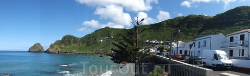 Остров Санта-Мария - наша 1-я остановка на Азорских о-вах. И первый пляж, где искупались в Атлантическом океане