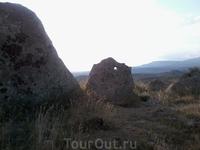 Камни большие