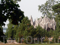 Памятник Сибелиусу, раннее утро...