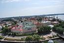 вид на город со смотровой площадки башни