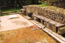 Здесь писали и какали древние греки