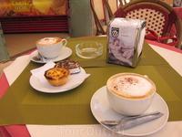 Кофе и пирожные,которые продают в кондитерских по всей Португалии
