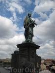 Памятник Яну Непомуцкому на Карловом мосту